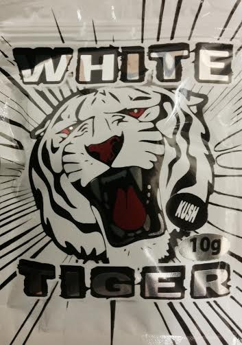 White Tiger 10G (Strawberry Flavor)